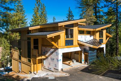 Truckee Condo/Townhouse For Sale: 10352 Palisades Drive #D