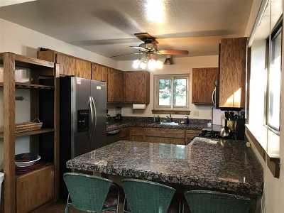 Tahoe City CA Single Family Home For Sale: $729,000