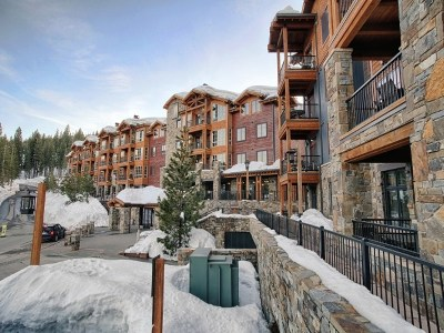 Truckee, Soda Springs, Carnelian Bay, Olympic Valley Condo/Townhouse For Sale: 970 Northstar Drive #210