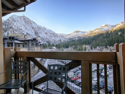 Truckee, Soda Springs, Carnelian Bay, Olympic Valley Condo/Townhouse For Sale: 1850 Village South Road #4-425