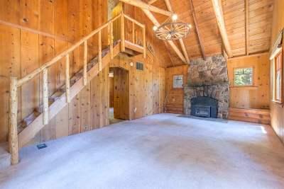 Single Family Home For Sale: 420 Tunnington Drive