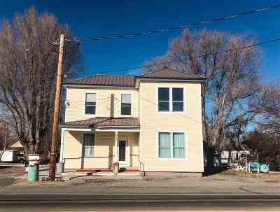 Single Family Home For Sale: 213 Main Street