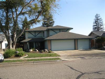 Tulare Single Family Home For Sale: 1130 N Valley Forge Street