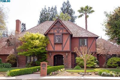 Visalia Single Family Home For Sale: 615 W Victor Avenue