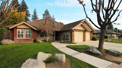 Porterville Single Family Home For Sale: 444 N Jennifer Way