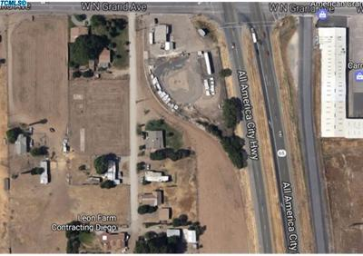 Tulare County Residential Lots & Land For Sale: 1097 W Northgrand Avenue