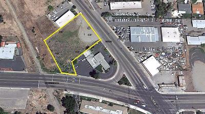 Tulare County Residential Lots & Land For Sale: 855 N Main Street