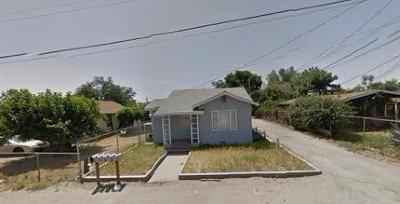 Tulare County Multi Family Home For Sale: 561 E Date Avenue