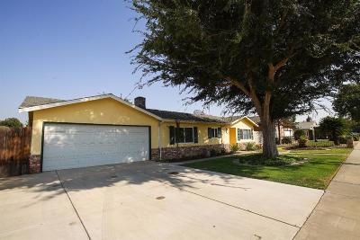 Tulare Single Family Home For Sale: 880 S Kazarian Street