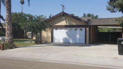 Porterville Single Family Home For Sale: 930 W Belleview Avenue