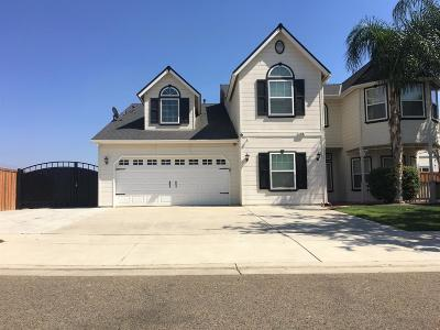Tulare Single Family Home For Sale: 818 Black Rock Street