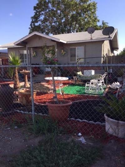 Porterville Single Family Home For Sale: 369 Vandalia