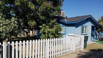 Visalia Single Family Home For Sale: 1318 N Rinaldi Street