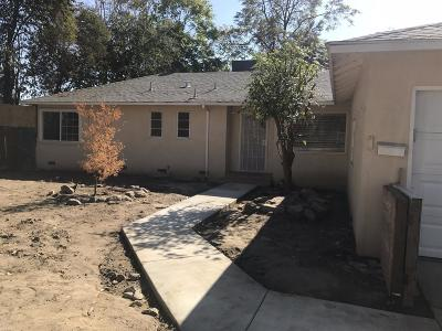 Visalia Single Family Home For Sale: 119 E Walnut Avenue