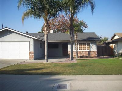 Tulare Single Family Home For Sale: 477 S Vista Street