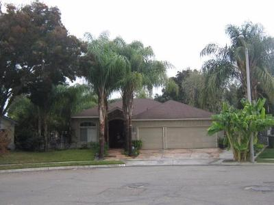 Tulare Single Family Home For Sale: 1287 Chavez Court
