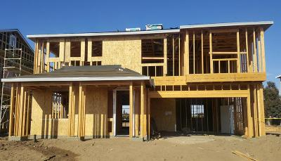 Visalia Single Family Home For Sale: 4008 E Kaweah Avenue #Lot36