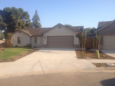 Visalia Single Family Home For Sale: 1035 E Vine Court