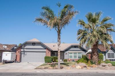 Hanford Single Family Home For Sale: 746 E Encore Drive