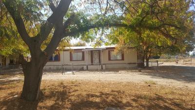 Porterville Single Family Home For Sale: 1639 E Springville Avenue