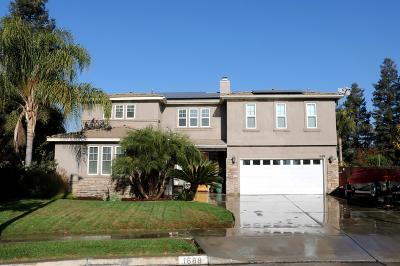 Tulare Single Family Home For Sale: 1688 Port Court