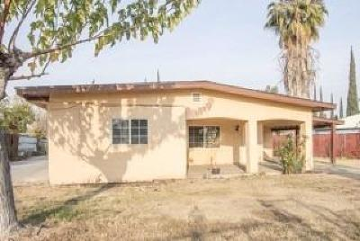 Porterville Single Family Home For Sale: 884 Dixie Drive