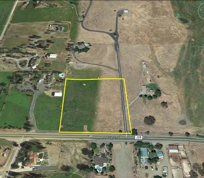 Tulare County Residential Lots & Land For Sale: 31778 Avenue 176