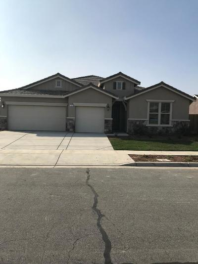 Tulare Single Family Home For Sale: 539 Montana De Oro Street