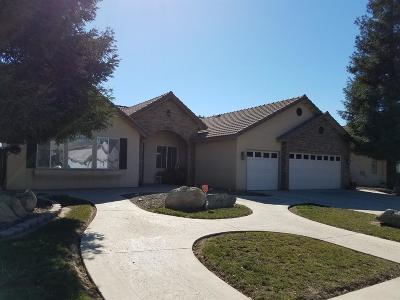 Visalia Single Family Home For Sale: 2033 E Victor Avenue
