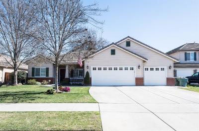 Visalia Single Family Home For Sale: 3834 N Fulgham Court
