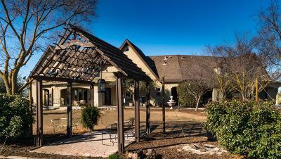 Visalia Single Family Home For Sale: 25984 S Road 180