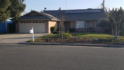 Tulare Single Family Home For Sale: 205 W Sandra Avenue