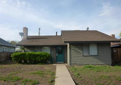 Porterville Single Family Home For Sale: 450 E Oak Avenue