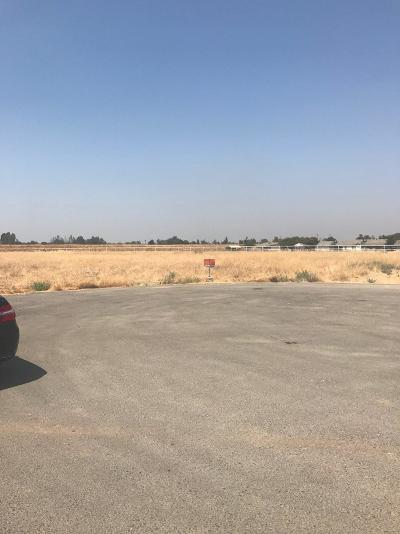 Porterville Residential Lots & Land For Sale: Newcomb
