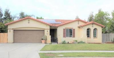 Visalia Single Family Home For Sale: 4126 W Elowin Court