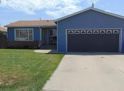 Porterville Single Family Home For Sale: 661 Dexter Avenue