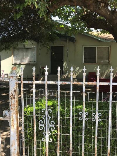 Farmersville Single Family Home For Sale: 756 S Shasta Avenue