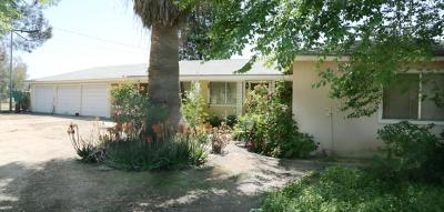 Reedley Single Family Home For Sale: 23243 Clayton Avenue