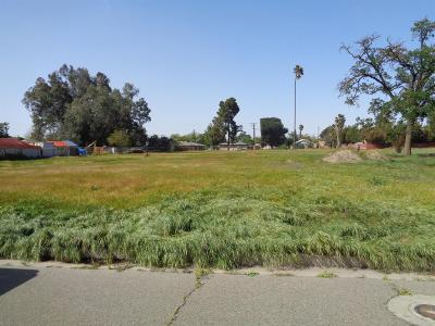 Hanford Residential Lots & Land For Sale: Cameron Street