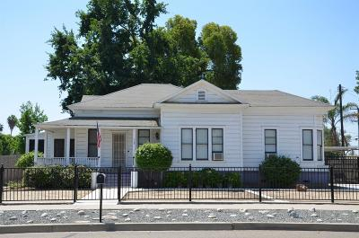 Tulare Single Family Home For Sale: 305 W Tulare Avenue