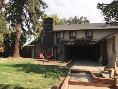 Visalia Single Family Home For Sale: 31116 Mountain View Street