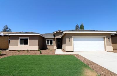 Visalia Single Family Home For Sale: 911 N Crumal Street