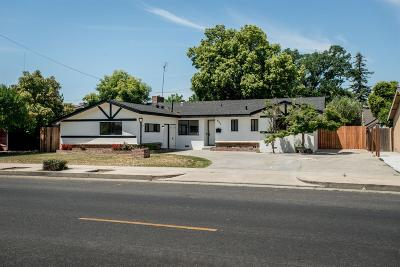 Dinuba Single Family Home For Sale: 605 N Eaton Avenue