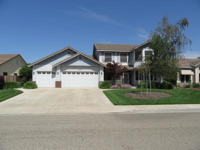 Visalia Single Family Home For Sale: 2314 S Beech Drive