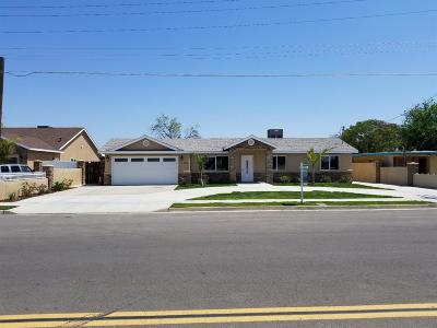 Tulare Single Family Home For Sale: 1210 N E Street