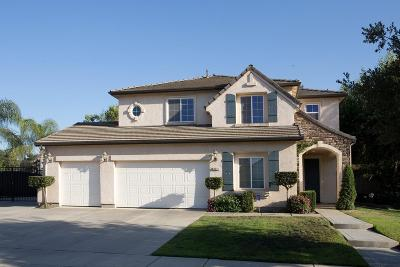 Visalia Single Family Home For Sale: 3341 W Taylor Avenue