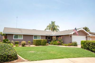 Dinuba Single Family Home For Sale: 815 N Nichols Avenue