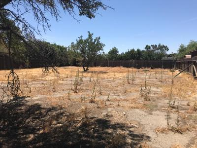 Tulare Residential Lots & Land For Sale: 639 W Owens Avenue