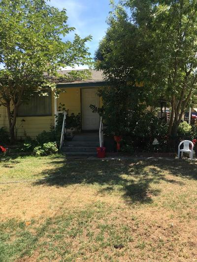 Visalia Single Family Home For Sale: 12513 Avenue 322