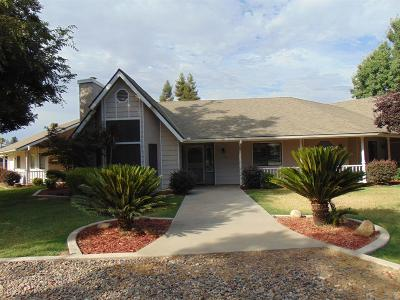 Visalia Single Family Home For Sale: 1310 N Tommy Court